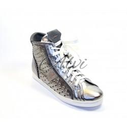 Sneakers Stau canna di fucile metallizzato borchie