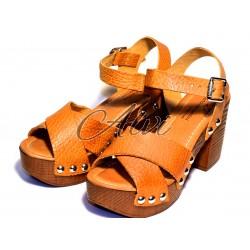 Sandalo zoccolo giallo ocra